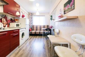 Кухня или мини-кухня в Апартаменты Малая Охта