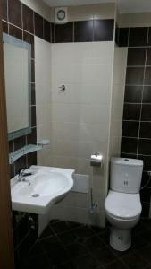 Ein Badezimmer in der Unterkunft Private Studio 1st line