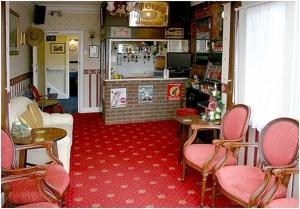 The lounge or bar area at Mickleton Guesthouse
