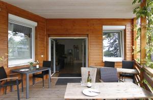 Ein Restaurant oder anderes Speiselokal in der Unterkunft Greencity Boardinghouse