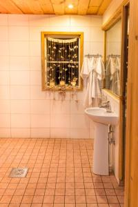 Vannituba majutusasutuses Tuisuliiva Holiday House