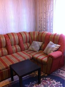 A seating area at Apartments
