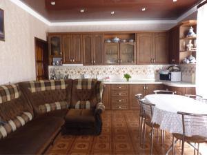 Кухня или мини-кухня в Venera