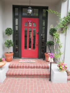 The facade or entrance of My Rosegarden Guest Rooms
