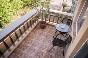Un balcon sau o terasă la Hotel Dynes