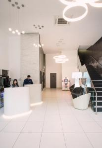 The lobby or reception area at Point A Hotel Glasgow