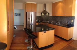 A kitchen or kitchenette at Essendon - home away from home