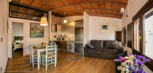 A seating area at Domus Tarraco