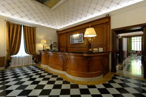 The lobby or reception area at Hotel Giulio Cesare