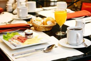 Breakfast options available to guests at Hotel Korston Royal Kazan