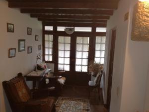 A seating area at Casa da Vinha Velha