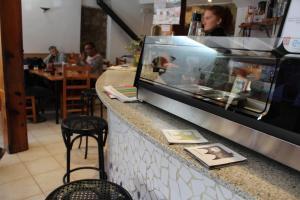 Restaurant o un lloc per menjar a Hotel D'Ares