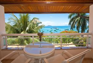 Una vista de la pileta en Hotel Atlântico Búzios Convention & Resort o alrededores