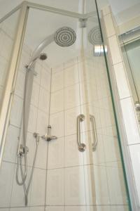 Ein Badezimmer in der Unterkunft Hotel Zum Lamm