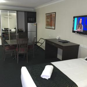 A television and/or entertainment center at Hunts Hotel Liverpool