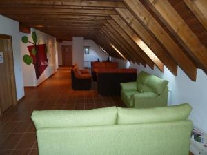A seating area at Albergue Haizea