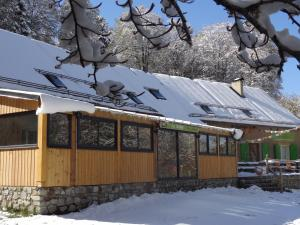 Auberge La Soulan during the winter