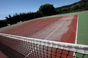 Tennis and/or squash facilities at Solar de Chacim - Turismo de Habitação or nearby