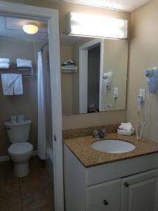 A bathroom at Cape Cod Family Resort and Inflatable Park