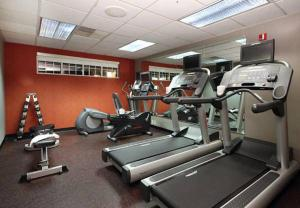 The fitness center and/or fitness facilities at Residence Inn by Marriott Davenport