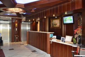 منطقة الاستقبال أو اللوبي في أبوظبي بلازا للشقق الفندقية