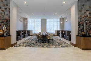 A restaurant or other place to eat at DoubleTree by Hilton Evansville