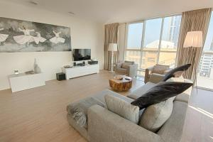 A seating area at NTH Apartments