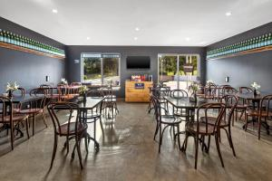 A restaurant or other place to eat at Quest Campbelltown