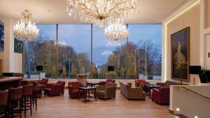 Ein Restaurant oder anderes Speiselokal in der Unterkunft Austria Trend Parkhotel Schönbrunn Wien