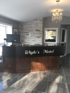 The lobby or reception area at Wigles Motel