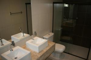 A bathroom at Villa Imperador