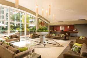 The lobby or reception area at DoubleTree by Hilton Cairns