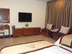 TV/trung tâm giải trí tại Duy Anh Hotel