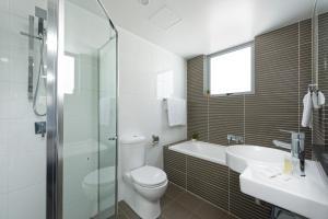 A bathroom at Astra Apartments North Sydney