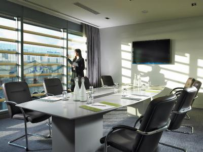 the gibson hotel, an Ascend Hotel Collection Member - Laterooms