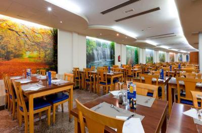 Gran Hotel Bali - Laterooms