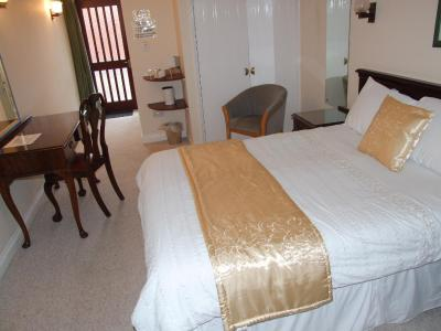Laburnum House Lodge Hotel - Laterooms