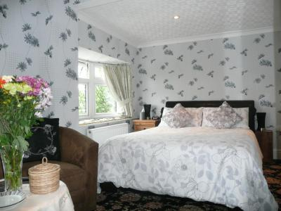 Cherry Blossom Luxury Guest House - Laterooms
