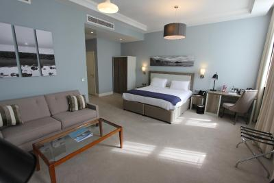 Yarrow Hotel - Laterooms