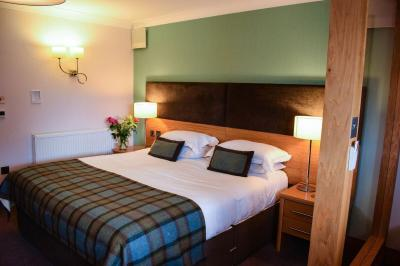 Craigmhor Lodge and Courtyard - Laterooms