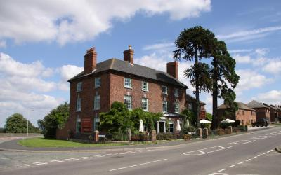 The Old Orleton Inn - Laterooms