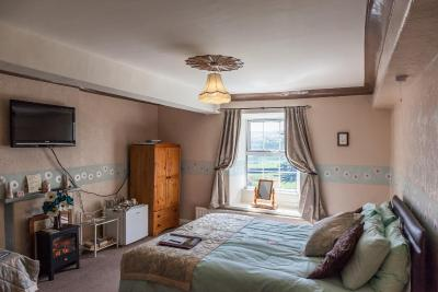 Newlands Hall Farmhouse B&B; - Laterooms