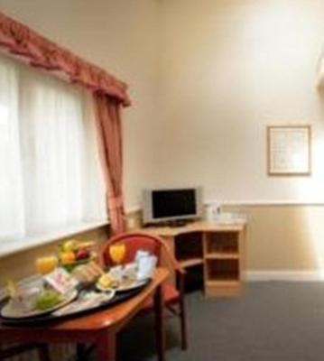 Moreton Park Hotel - Laterooms