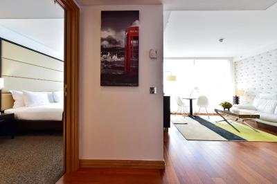 Pestana Chelsea Bridge Hotel & Spa - Laterooms