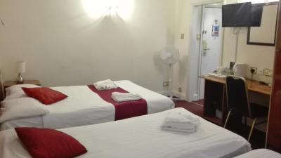 Whiteleaf Hotel - Laterooms