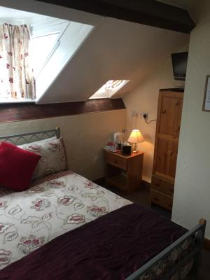 Bonny Brae Guest House - Laterooms