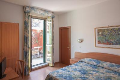 Tirreno Hotel - Laterooms