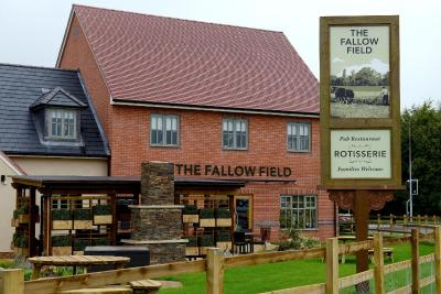 Fallow Field by Marstons Inns - Laterooms