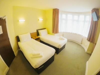 Shepiston Lodge (Heathrow) - Laterooms