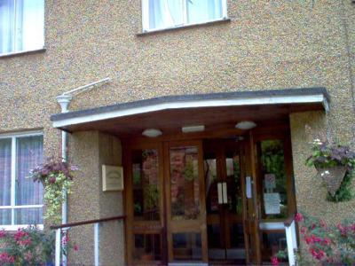 Tekels Park Guest House - Laterooms